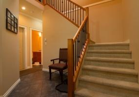 921, Cavalcade Terr, Victoria, bc Canada, 4 Bedrooms Bedrooms, ,4 BathroomsBathrooms,House (Detached),Sold,Cavalcade Terr,1045