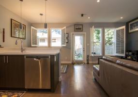 3232, Navy Crt, Victoria, Canada, 3 Bedrooms Bedrooms, ,3 BathroomsBathrooms,House (Detached),Sold,Navy Crt,1062