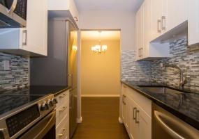 1870, McKenzie Ave, Victoria, Canada, 1 Bedroom Bedrooms, ,1 BathroomBathrooms,Condo,Sold,University Park Terrace,McKenzie Ave,3,1063