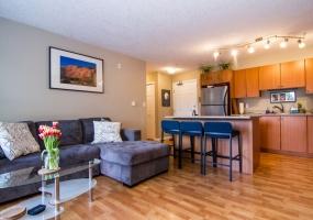 383, Wale Road, Victoria, Canada, 2 Bedrooms Bedrooms, ,1 BathroomBathrooms,Condo,Sold,Wale Road,2,1071